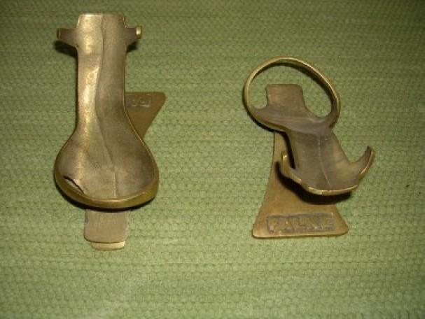 pr sentoir chaussures d coration de magasin guy laurent setruk antiquit s. Black Bedroom Furniture Sets. Home Design Ideas