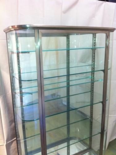 grande vitrine ancienne vitrines anciennes guy laurent setruk antiquit s. Black Bedroom Furniture Sets. Home Design Ideas