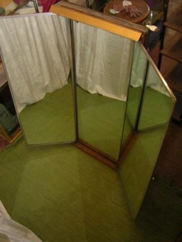 Miroir triptyque de tailleur