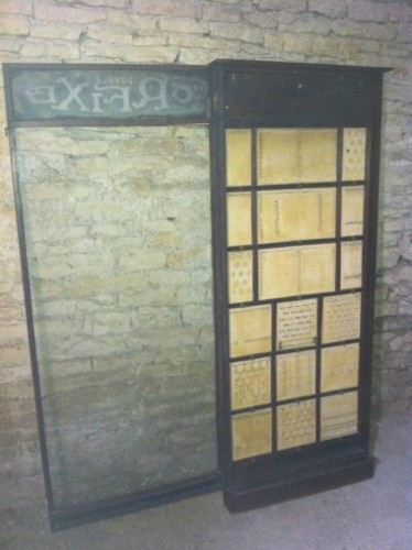 Ancienne vitrine de bijoutier