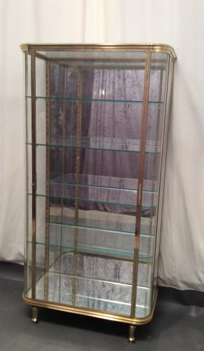 ancienne vitrine de magasin de luxe vitrines anciennes guy laurent setruk antiquit s. Black Bedroom Furniture Sets. Home Design Ideas