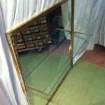 Quatre panneaux présentoirs